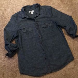 Old Navy chambray button up size XS
